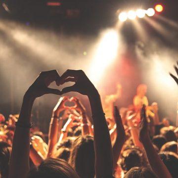 El arte de ligar en las discotecas en tres sencillos pasos