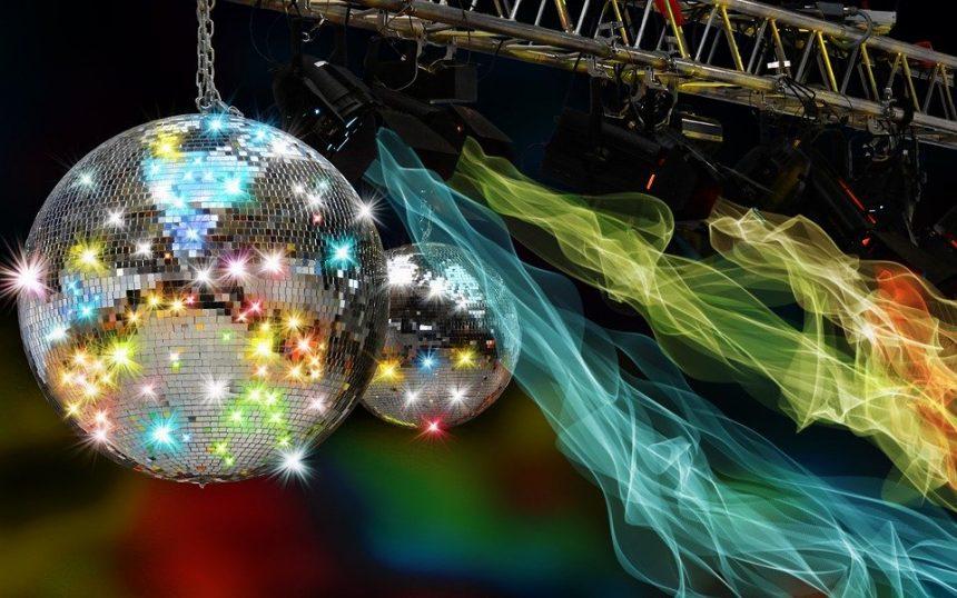 Todo lo que se lleva en las discotecas modernas